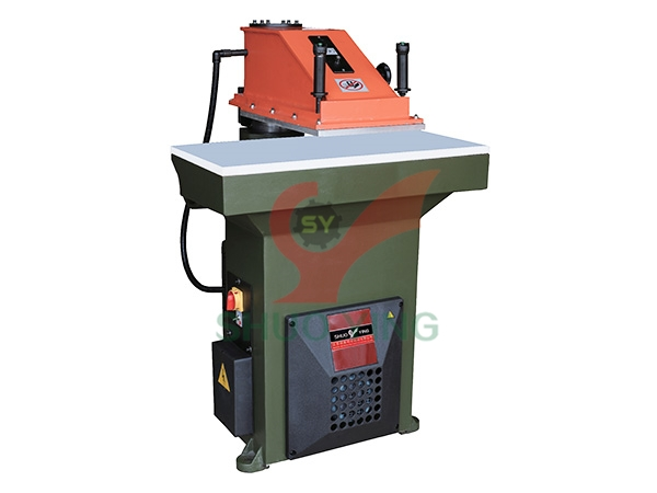 Automatic hydraulic swing arm cutting machine